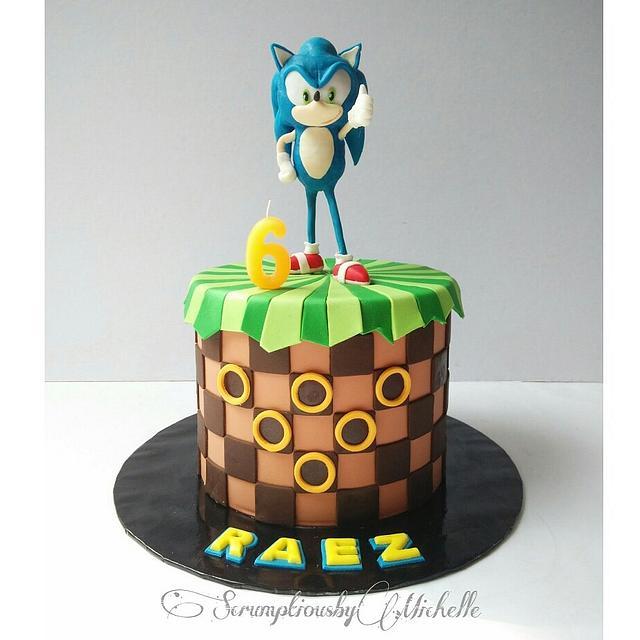Super Sonic Hedgehog Cake Cake By Michelle Chan Cakesdecor Personalised Birthday Cards Veneteletsinfo