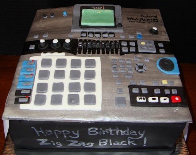 Audio Board Cake - Roland MV-8000