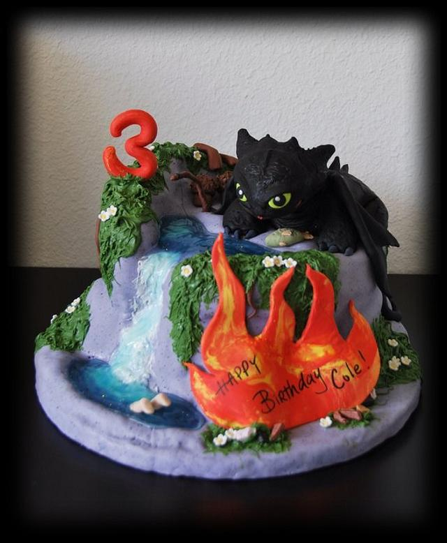 'How to Train Your Dragon' Cake