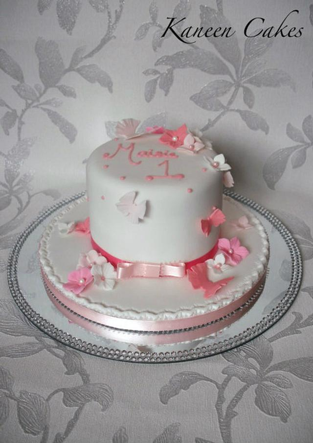 Girly butterly birthday cake