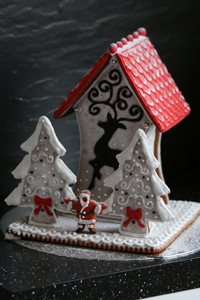 Reindeer gingerbread house