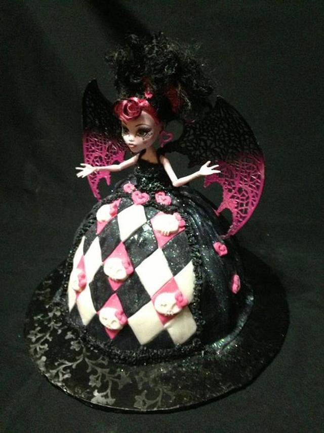 Superb Monster High Draculaura Birthday Cake Cake By Beth78148 Cakesdecor Funny Birthday Cards Online Hendilapandamsfinfo
