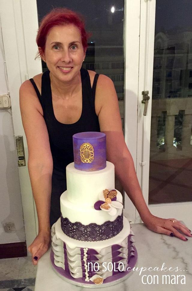 Elegant purple wedding cake