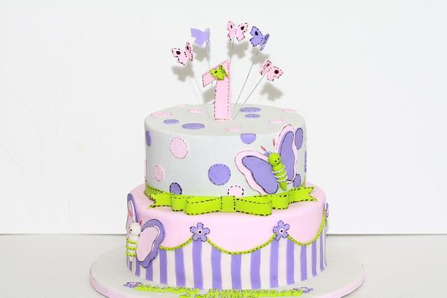 Astounding Butterfly First Birthday Cake Cake By Chaitra Makam Cakesdecor Birthday Cards Printable Benkemecafe Filternl