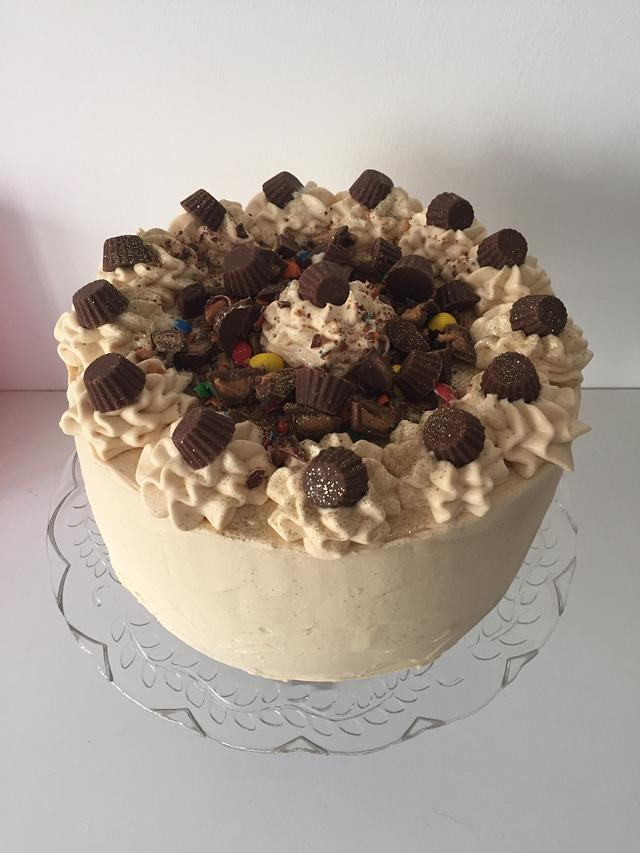 Chocolate guinness cake with peanut butter frosting