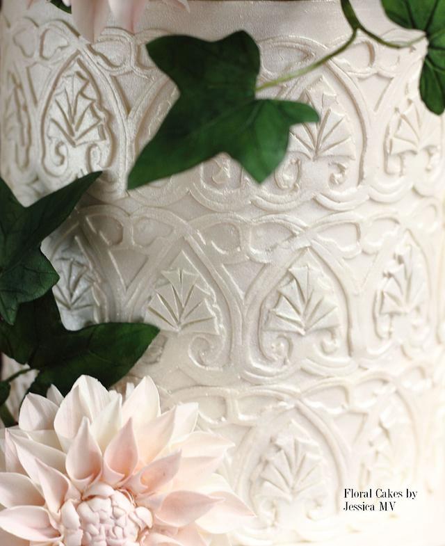 ELEGANT LACE WEDDING CAKE