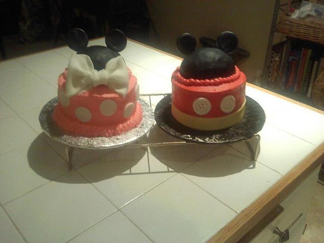 Magnificent Mickey Minnie Birthday Cakes Cake By Priscilla Cakesdecor Personalised Birthday Cards Veneteletsinfo
