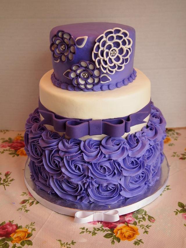 Tremendous Purple And White Shawna Flower Birthday Cake Cake By Cakesdecor Personalised Birthday Cards Arneslily Jamesorg