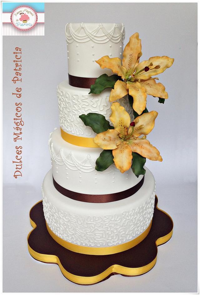 Wedding cake with lilies