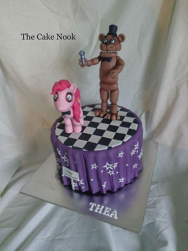 Five Nights at Freddys Cake.