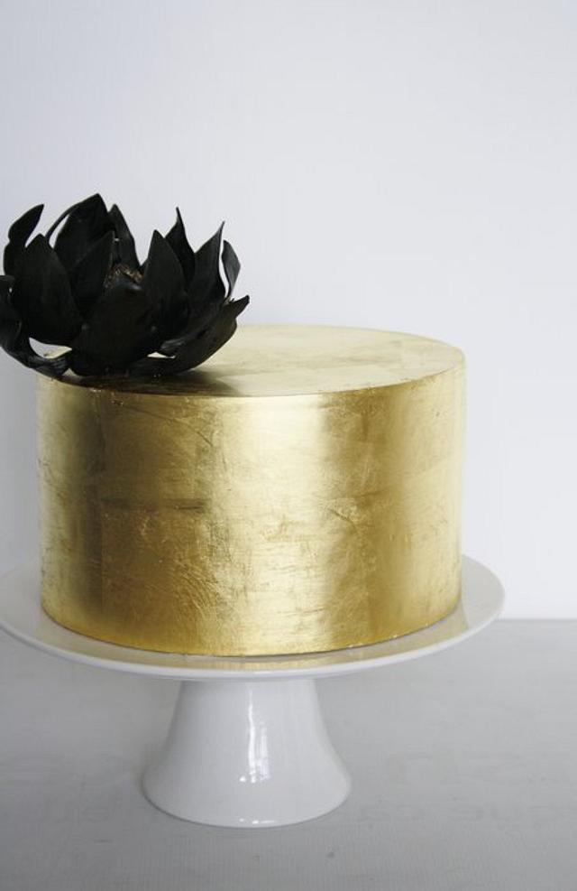 Gold Leaf with Black Magnolia