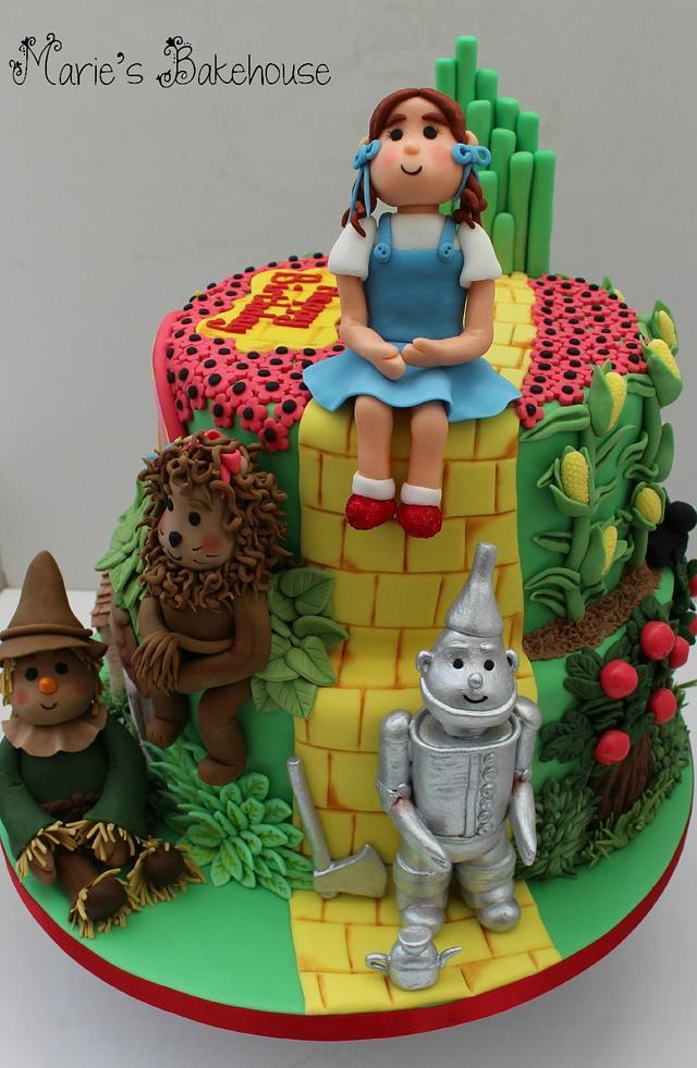 Fantastic Wizard Of Oz Cake Gold Winner From Cake International Cakesdecor Funny Birthday Cards Online Bapapcheapnameinfo