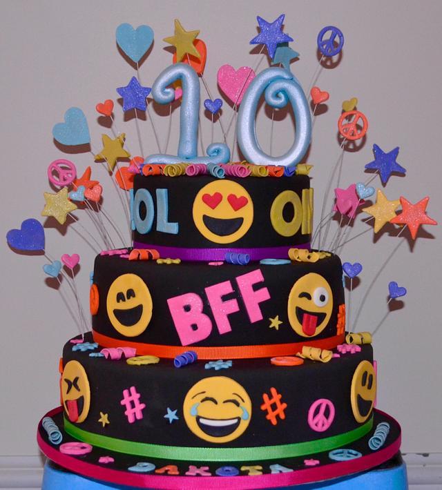 Amazing Dakotas 10Th Birthday Cake By Kel080 Cakesdecor Personalised Birthday Cards Paralily Jamesorg