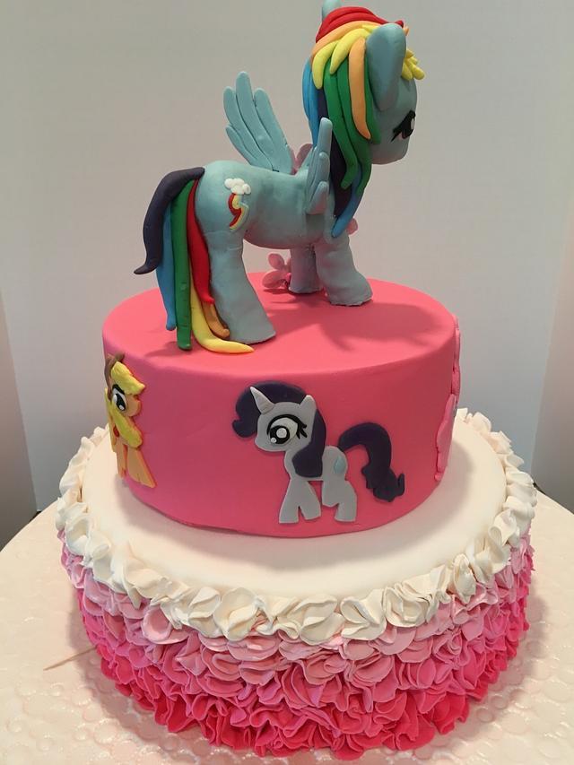 Rainbow Dash Birthday Cake