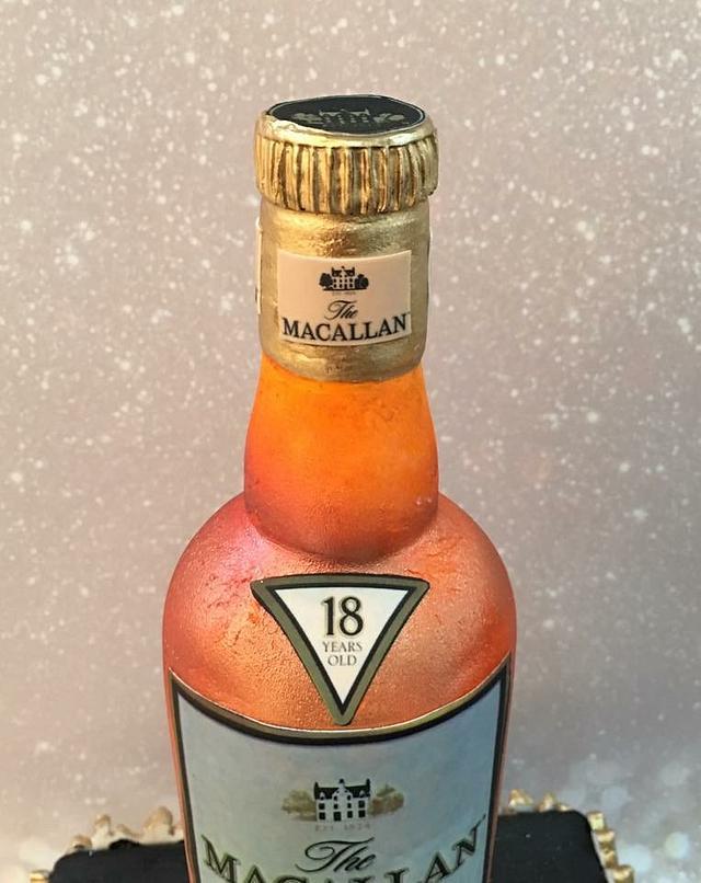 MacAllan 18 whiskey cake