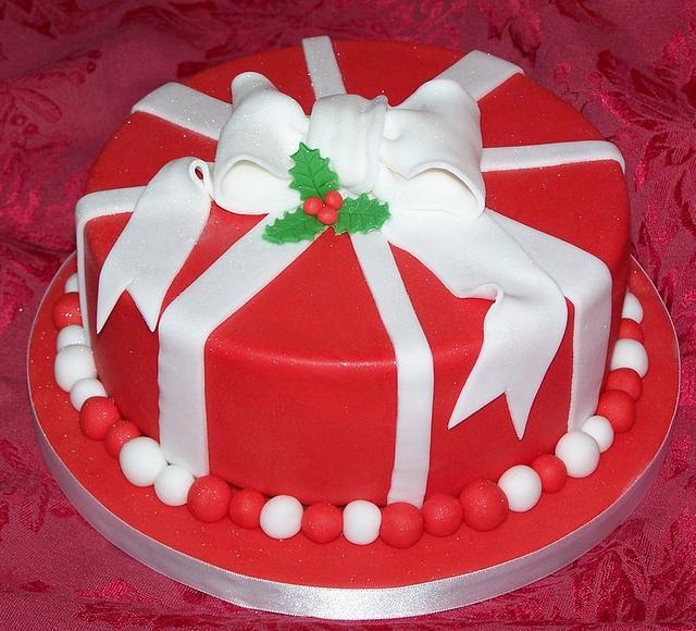 Red & White Christmas Cake