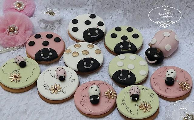 Ladybird theme cake
