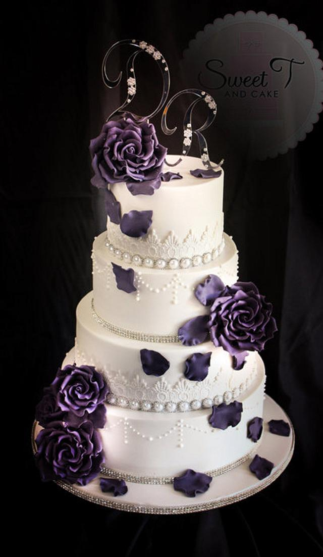 bling, lace and egg plant roses
