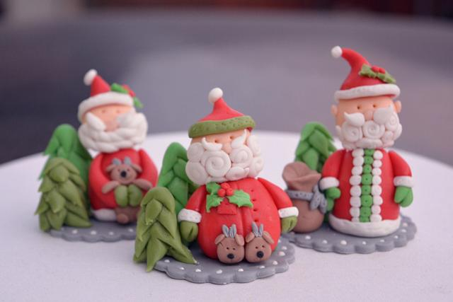 Santa toppers