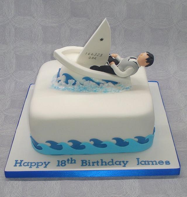 Lazer sailing cake