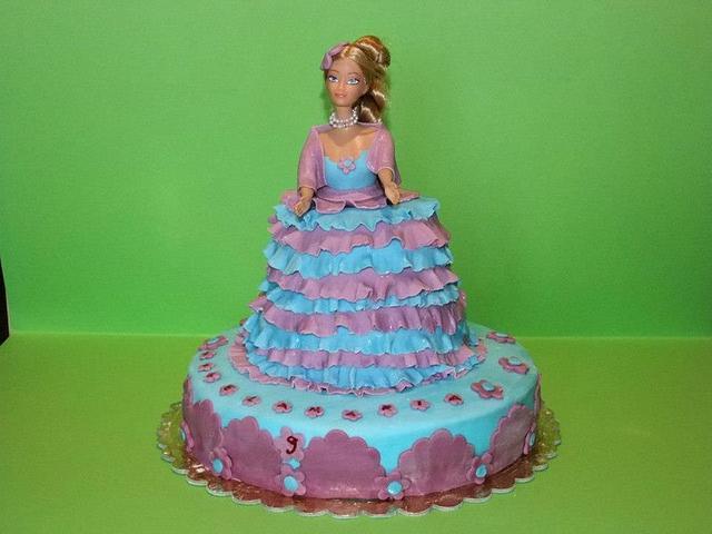 Barbie elegant cake