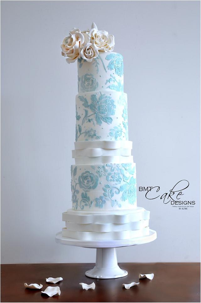 Modern Lace Wedding Cake