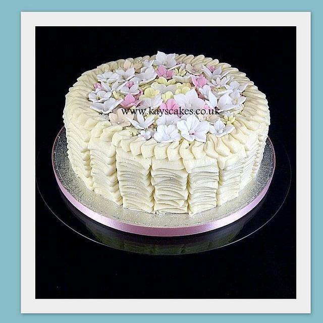 White chocolate Buttercream Ruffle Cake
