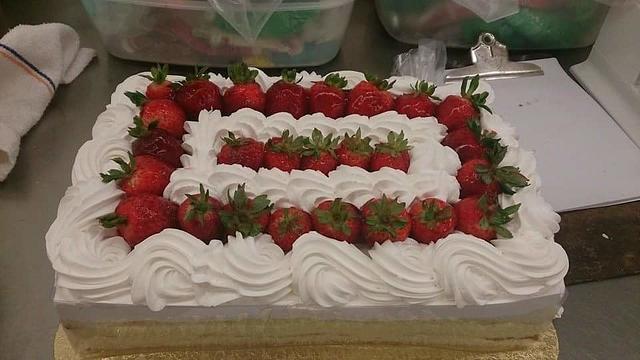 Strawberry Boston Cake