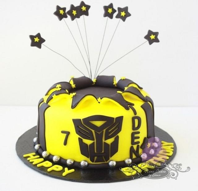 Strange Transformers Birthday Cake Cake By Sonia Huebert Cakesdecor Funny Birthday Cards Online Alyptdamsfinfo