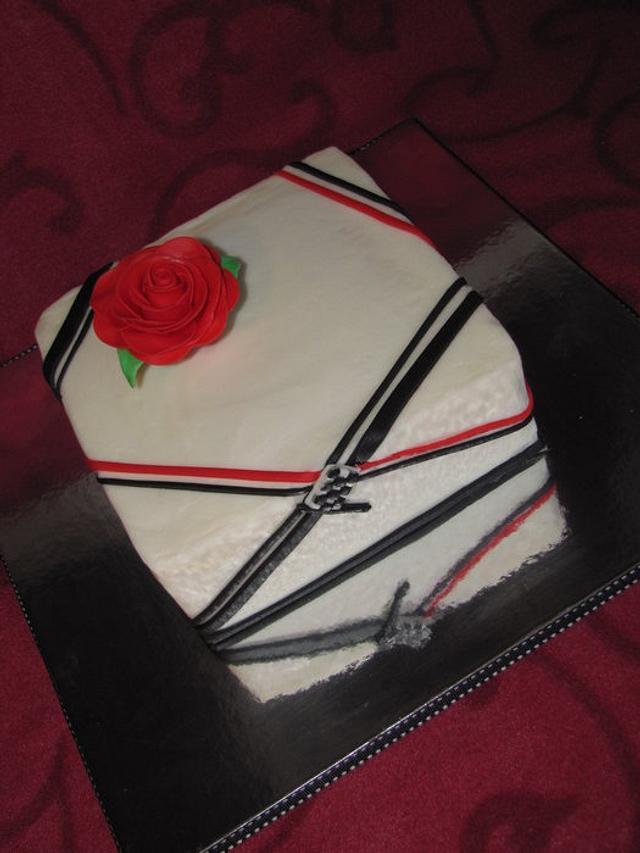 Small wedding renewal cake
