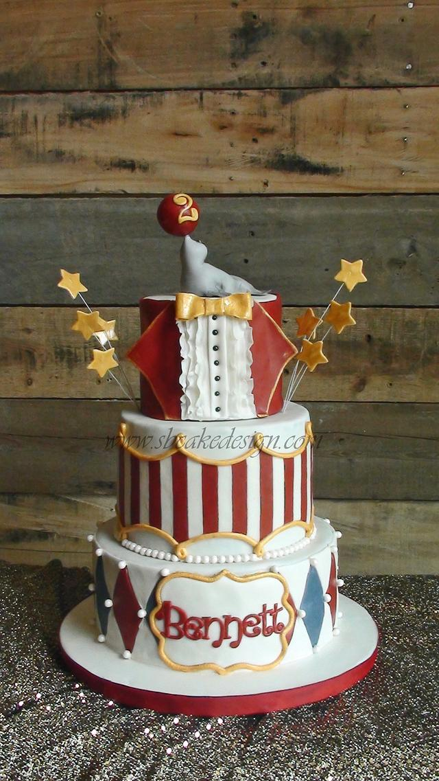 Super Circus Birthday Cake Cake By Shannon Bond Cake Design Cakesdecor Personalised Birthday Cards Veneteletsinfo