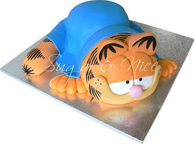 3D Garfield Cake