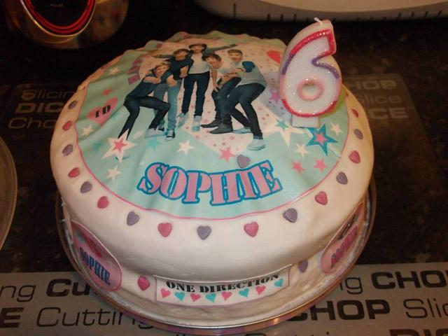 Excellent Daughters 6Th Birthday Cake Cake By Sharon Collins Cakesdecor Personalised Birthday Cards Veneteletsinfo
