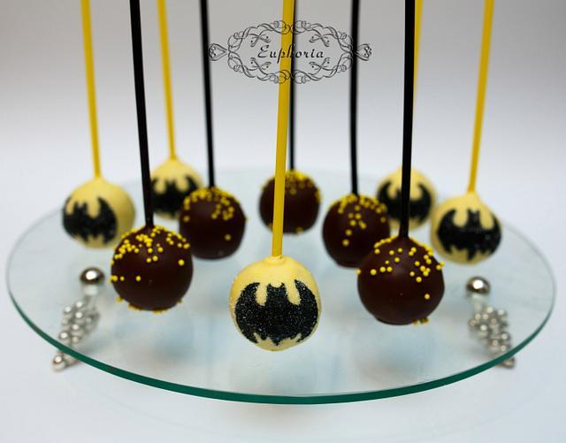 Cake pops Batman