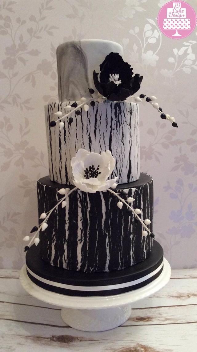 Black and white cracked sugarpaste cake
