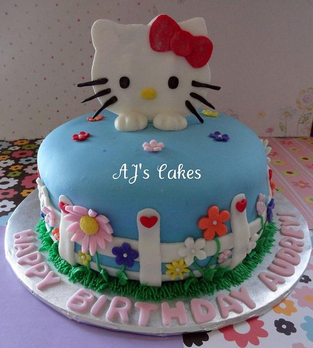 Hello Kitty Flower Cake