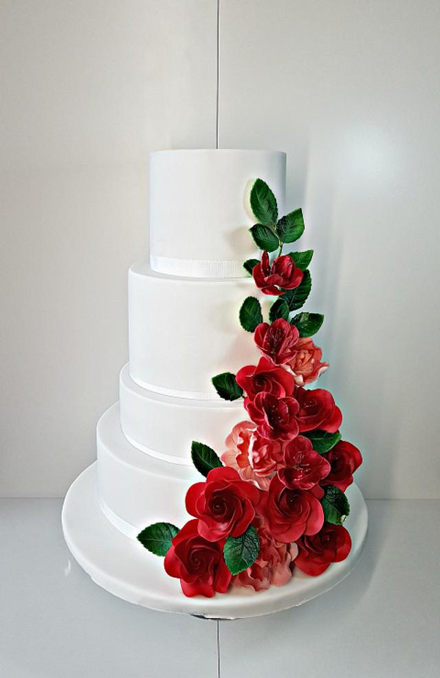 Wedding with roses