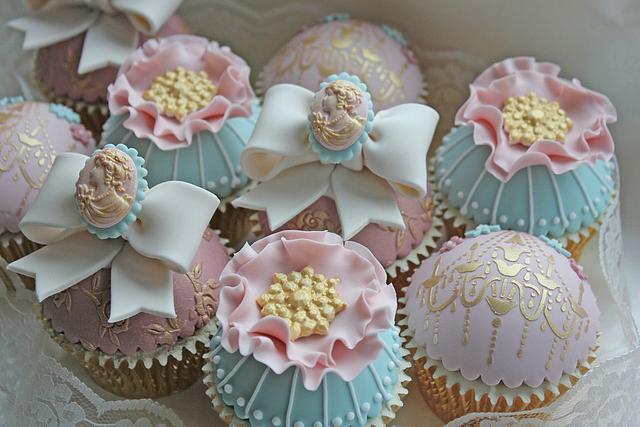 Vintage Chic Cupcakes