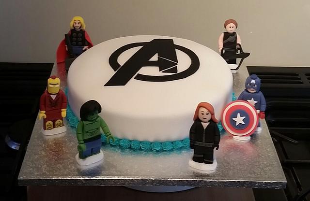 Awesome Lego Avengers Birthday Cake Cake By Sugar Chic Cakesdecor Personalised Birthday Cards Xaembasilily Jamesorg