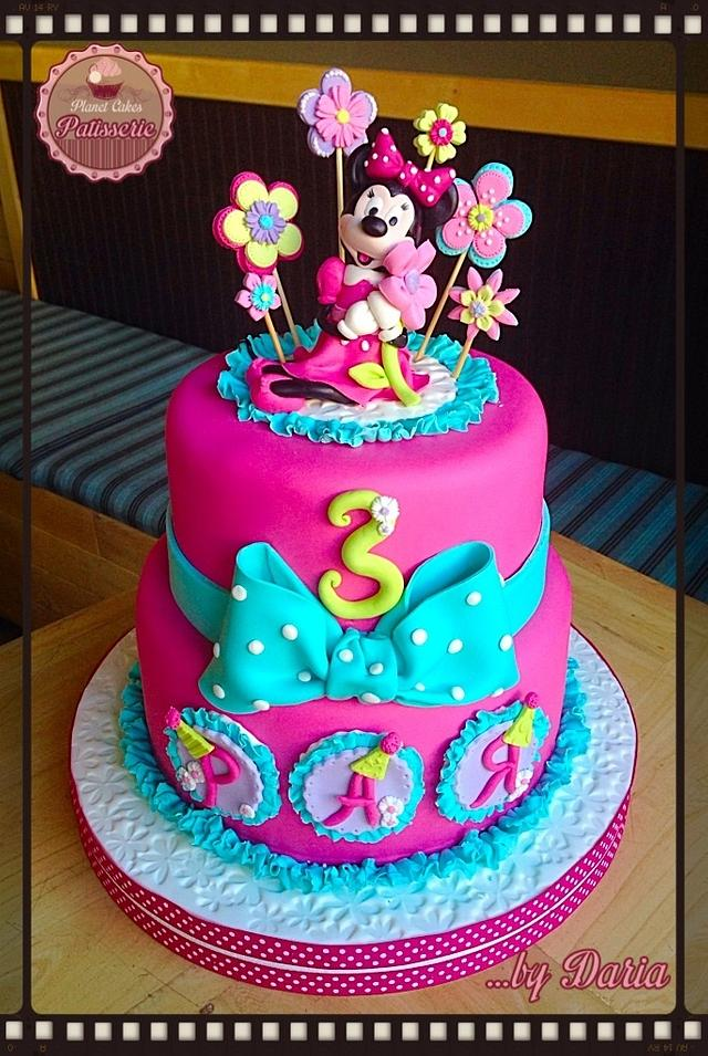 Minnie in Pink