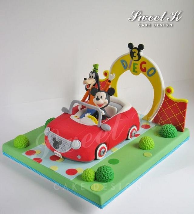 Mickey's car cake