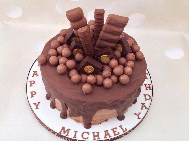 Chocolate Explosion Cake Cake By Yvonne Beesley Cakesdecor