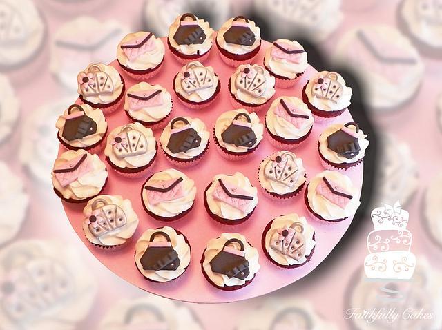 Purse Cupcakes
