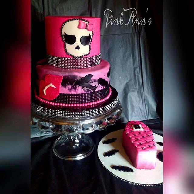 monsterhigh cake