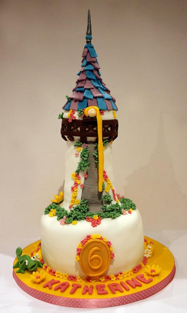 Tangled theme cake