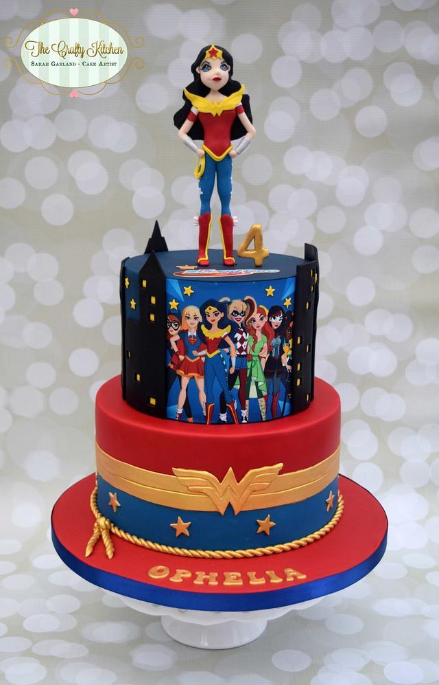 DC Superhero Girl Cake