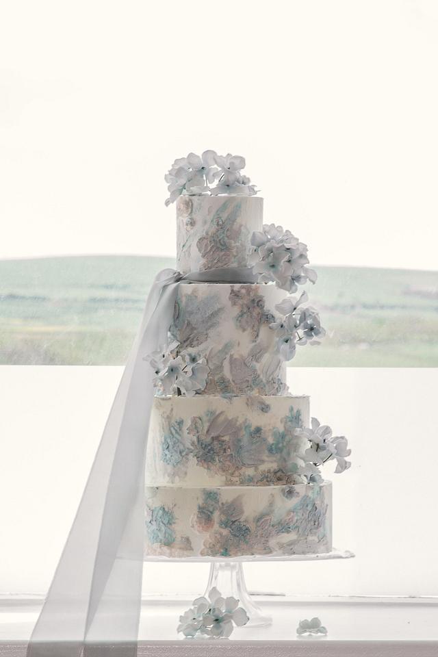 Seaside blues wedding cake