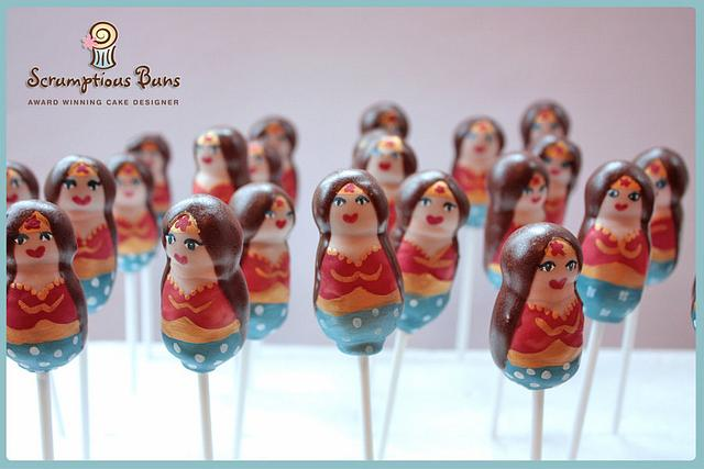 WonderWoman Cake Pops