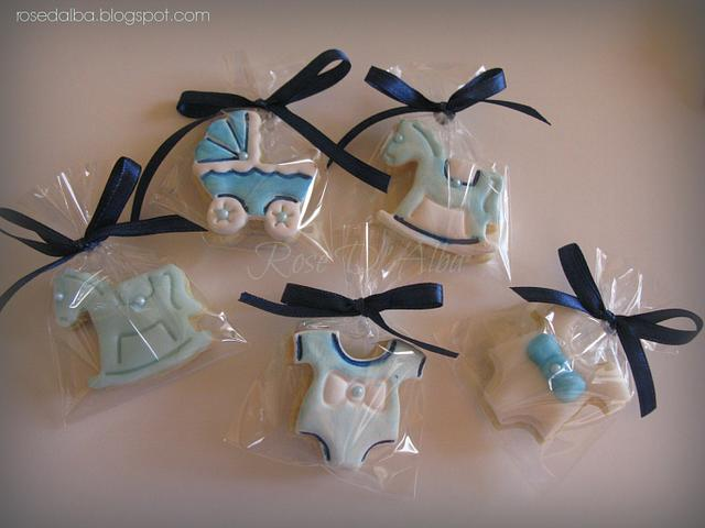 Cup cakes and cookies for birth