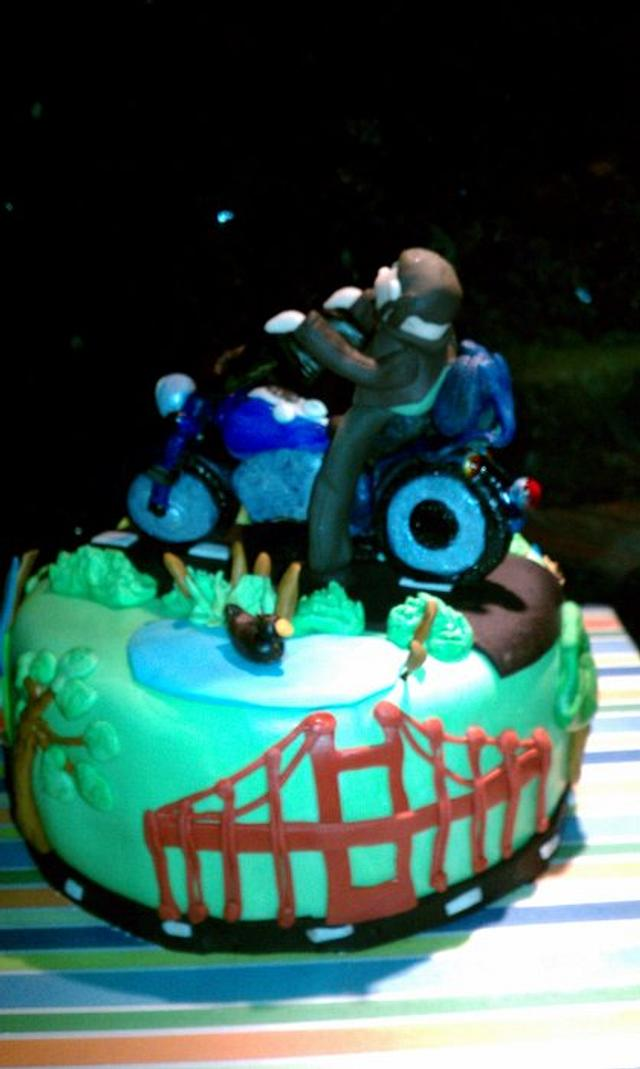cake for motorcycle guy.driving from town to sfo bridge